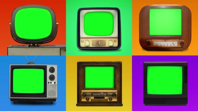 vídeos de stock e filmes b-roll de grid lineup of 6 vintage tv's with chroma key screens - indústria televisiva
