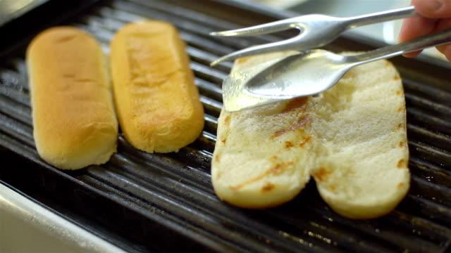Grilled bun for a hotdog video