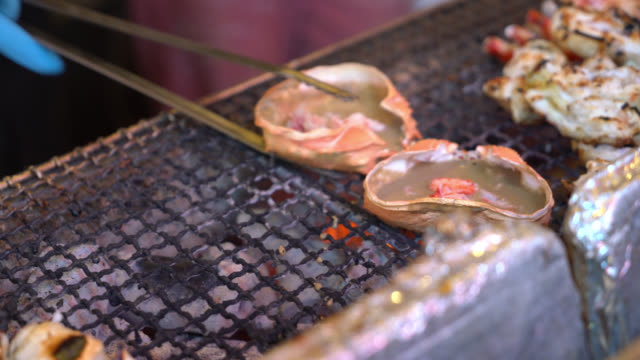 grilled crab shell in Japanese style - street food