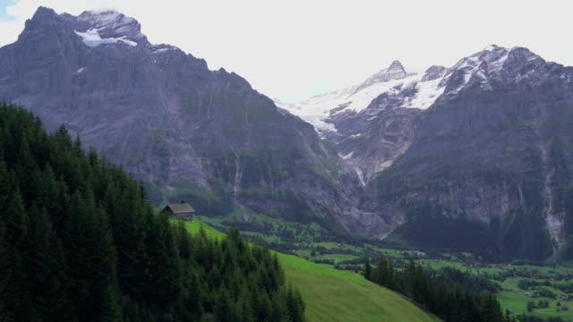 grindelwald med alperna berg i schweiz - wengen bildbanksvideor och videomaterial från bakom kulisserna