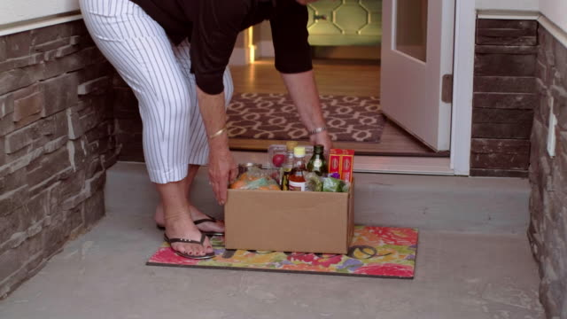 Grocery Delivery - video