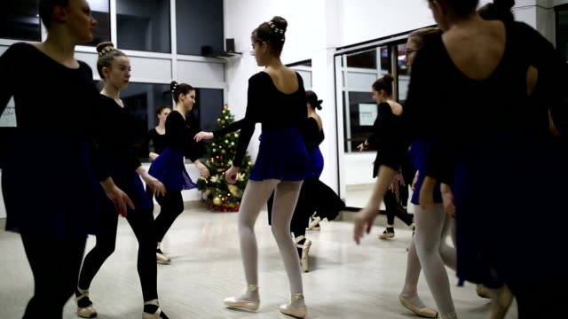 Group of ballet dancers
