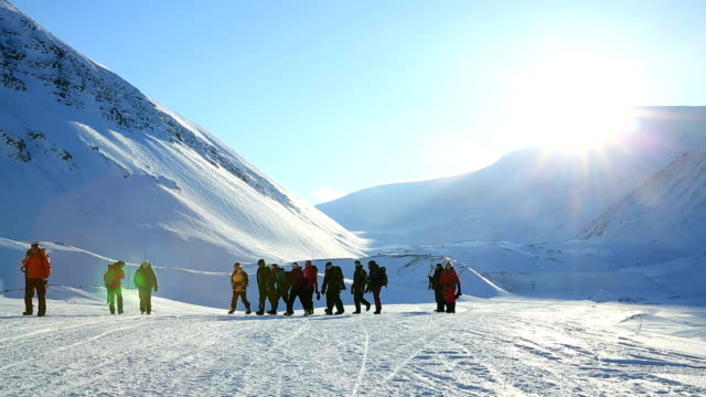 Group of fans of extreme tourism in the far North. video