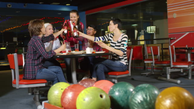 Group of Women Celebrating at Bowling Alley - vídeo