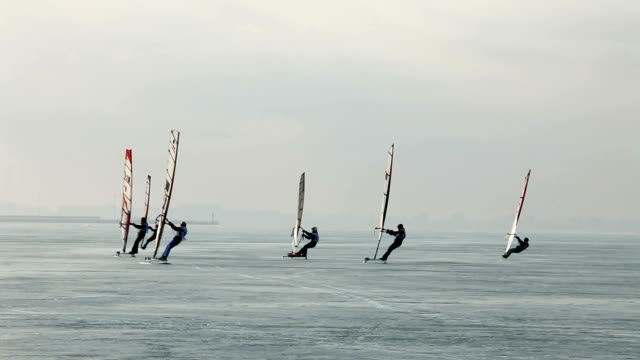 group  Winter windsurfers video