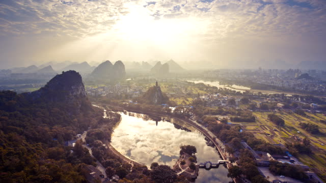 guilin chuanshan park - tempio video stock e b–roll
