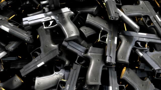 пистолет коротким rotate - огнестрельное оружие стоковые видео и кадры b-roll