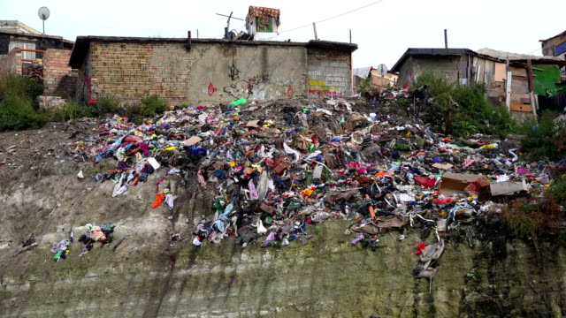 Gypsy settlement. Life in unhygienic condition with a lot of garbage. video