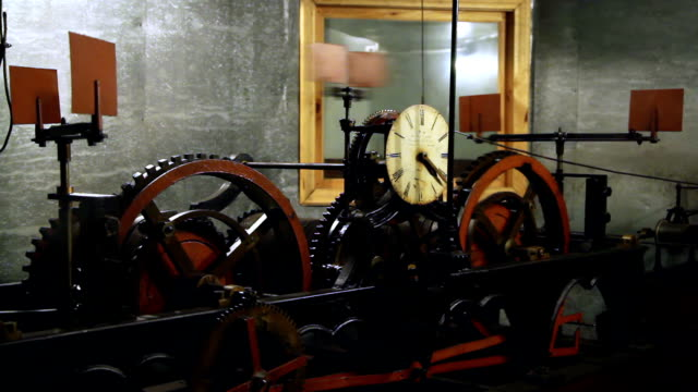 hall town clock mechanism video