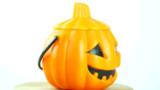 halloween pumpkin head jack lantern - японский фонарь стоковые видео и кадры b-roll