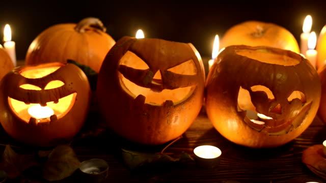 Closeup de calabazas de Halloween - vídeo