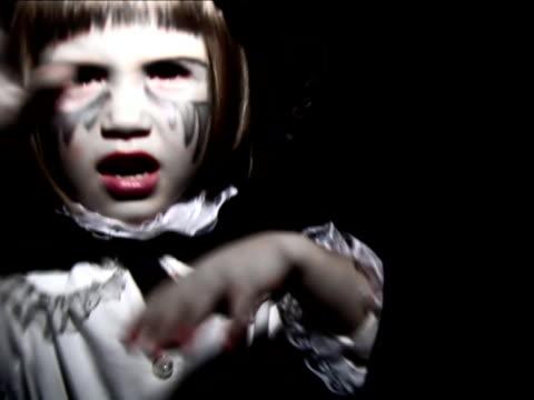 Halloween Vampire Little Girl - NTSC video
