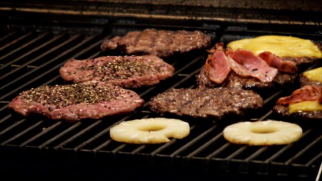 hamburgers on grill video
