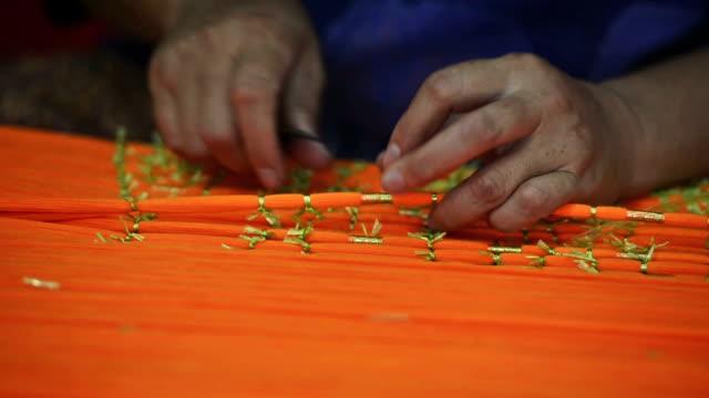 hand made fabric - halmslöjd bildbanksvideor och videomaterial från bakom kulisserna