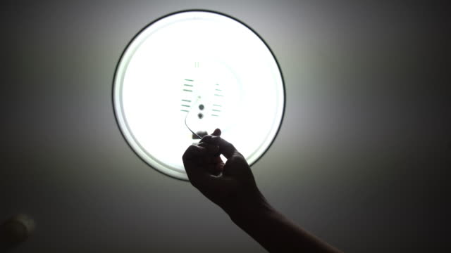 Hand Turn off Ceiling lamp..