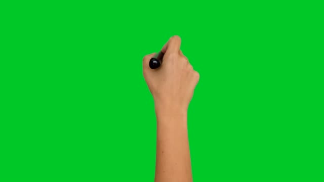 vídeos de stock e filmes b-roll de 4k hand writing with a pen on greenscreen - hand