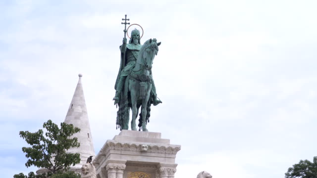 handheld low angle view: statue of King St. Stephen in Budapest handheld low angle view: statue of King St. Stephen in Budapest hungary stock videos & royalty-free footage