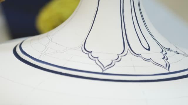 vídeos y material grabado en eventos de stock de azulejo hecho a mano porcelana iznik - porcelana china