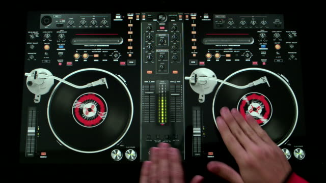 Hands on DJ Turntable video