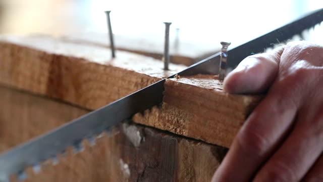 Handsaw in Action video