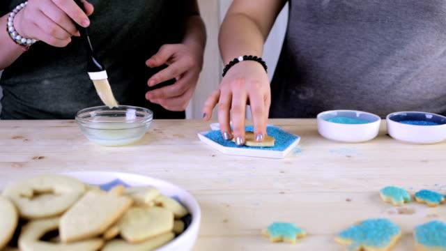 vídeos y material grabado en eventos de stock de galletas hanukkah - galleta dulces