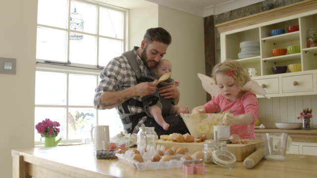Happy Family Baking video