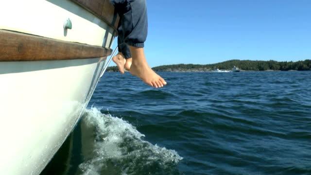 Happy feets video