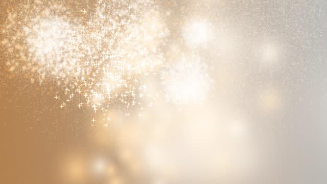 vídeos de stock e filmes b-roll de 2020 happy new year celebration firework orange background - new year