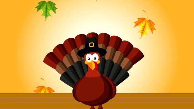 happy thanksgiving celebration with turkey - турция стоковые видео и кадры b-roll