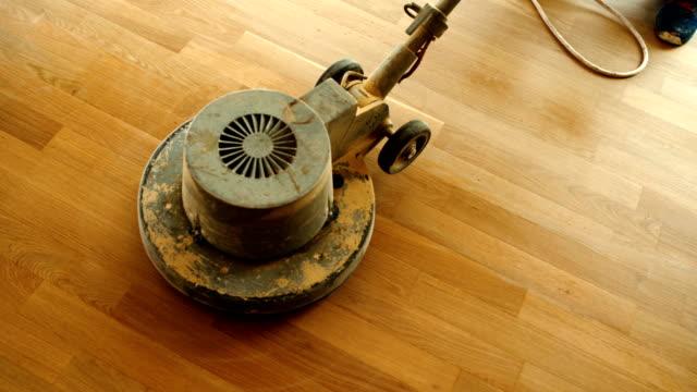 hardwood floor restoring. - lucidare video stock e b–roll