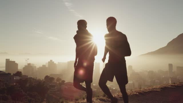have goals and run towards them - podświetlony filmów i materiałów b-roll