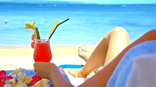 WS DS Having A Cocktail On The Beach