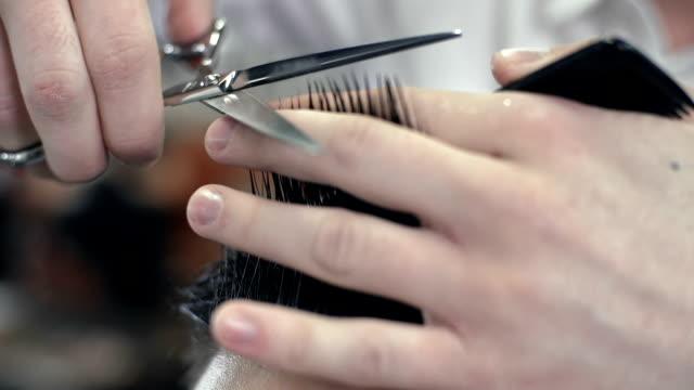włosy cięte - fryzura filmów i materiałów b-roll