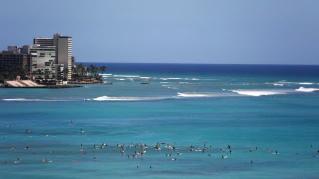 Hawaiian surfing Vacation