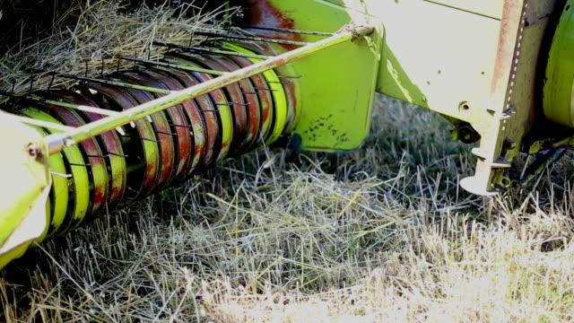 Hay tractor video