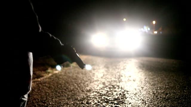 hd: автомобиль кража со взломом - огнестрельное оружие стоковые видео и кадры b-roll