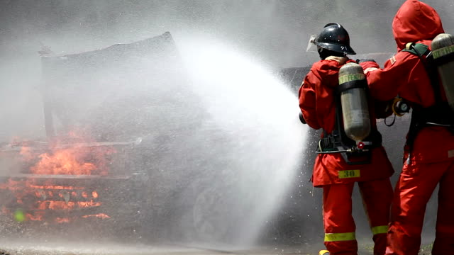 HD: bombero. - vídeo