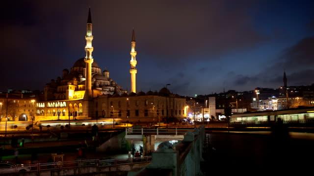 vídeos de stock e filmes b-roll de hd :  nova mesquita de istambul intervalo de tempo **** - trabalho de design