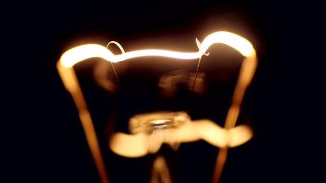 HD:Swinging Lİght Bulb video