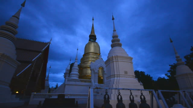 HD:Temple and gold pagoda at twilight time in chiang mai Thailand video