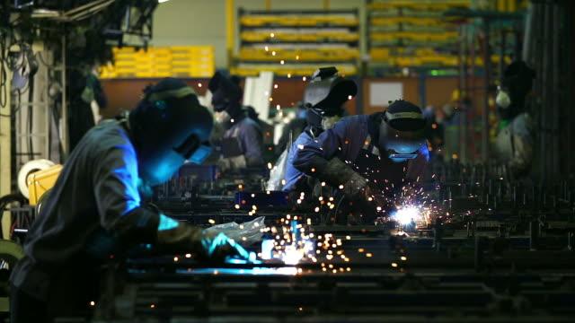 HD:Welding work at industrial factory.