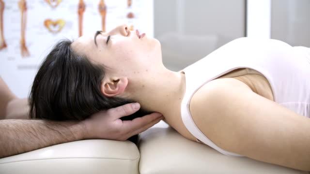 Head chiropractic massage video