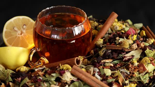 целебные травы и здоровый чай, вращающийся 2 - нивяник стоковые видео и кадры b-roll