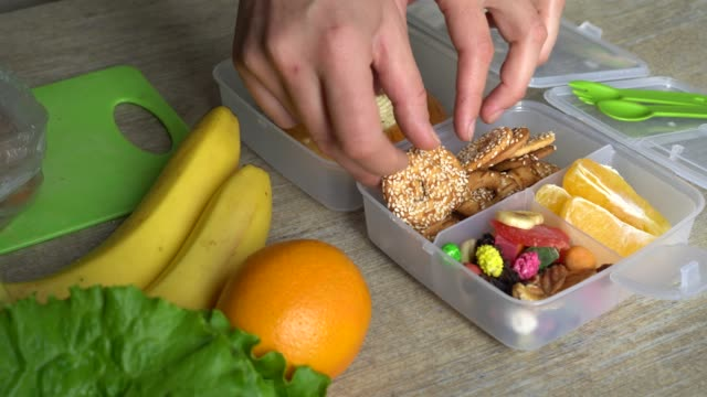 Healthy Back to School Lunch Box video