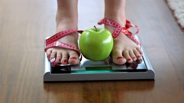 HD DOLLY: Healthy Eating And Dieting video