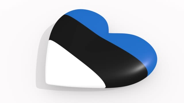 stockvideo's en b-roll-footage met heart in kleuren en symbolen van estland op witte achtergrond, lus - ridderlijkheid