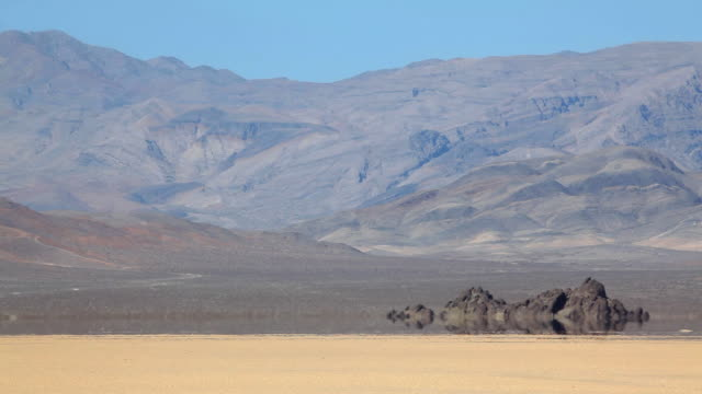 vidéos et rushes de la chaleur dans la vallée de la mort - canicule