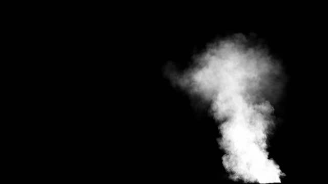 kraftig rökpelare i ruinscenen, tjock rök från brinnande lågor eller explosioner - designelement bildbanksvideor och videomaterial från bakom kulisserna