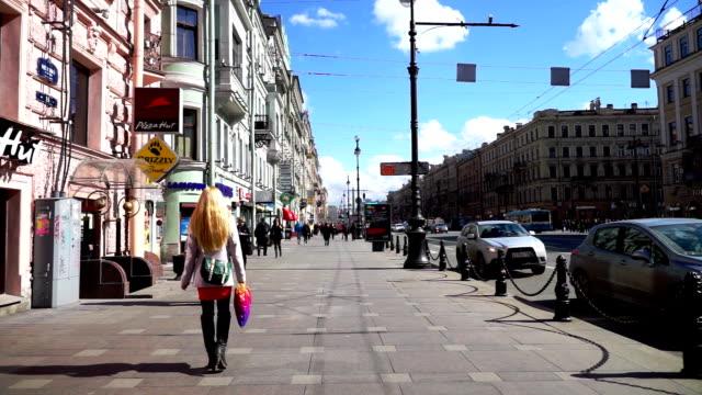 Heavy traffic at Nevsky Avenue, Saint Petersburg video