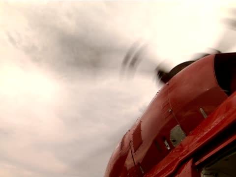 wirnik helikoptera - śmigło filmów i materiałów b-roll